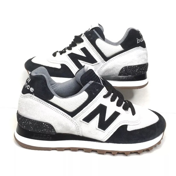 5c5887add New Balance 574 Black White Women's 5.5 US574CW2 NWT